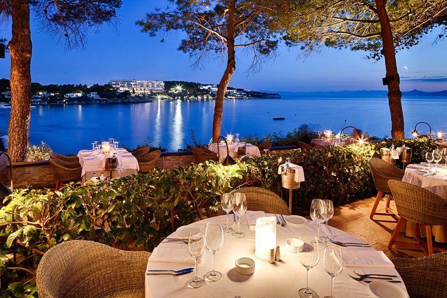 Ithaki restaurant Athens Greece